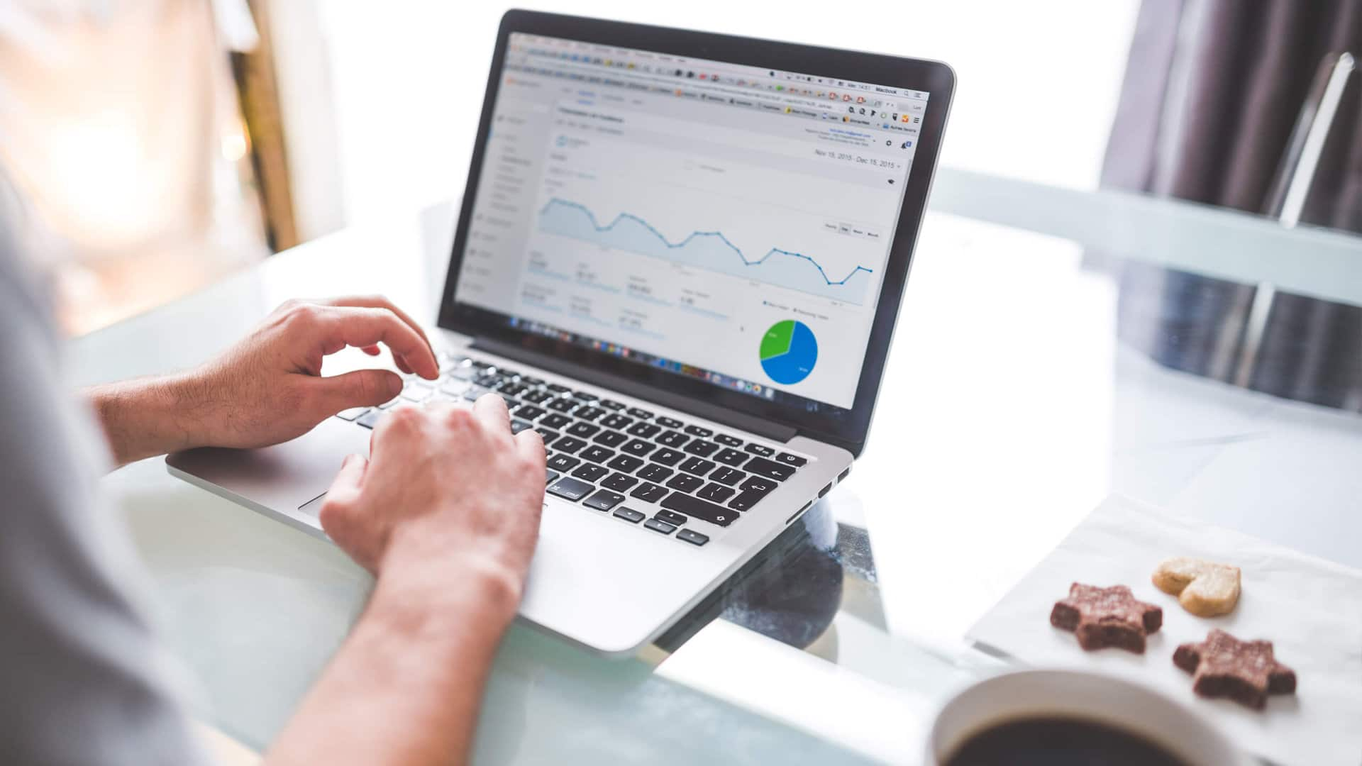 7 poważnych błędów hotelowego Google Analytics